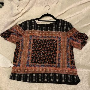 Forever 21 Short Sleeve Patterned Top